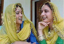 Traditional Punjabi Dress - Women