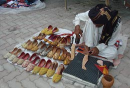 Shoes Khusaas